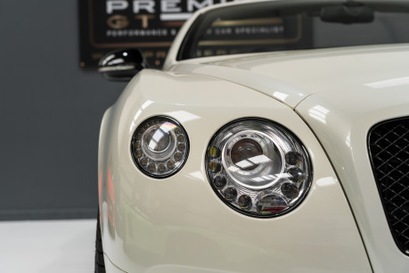 Bentley Continental GTC 4.0 V8. MULLINER DRIVING SPECIFICATION. GHOST WHITE PAINT. LOW MILEAGE. 22