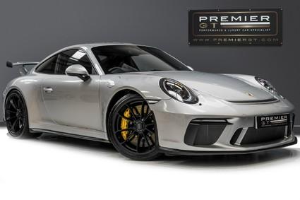 Porsche 911 GT3. 4.0. PDK. CLUBSPORT PACK. PCCBS. FRONT AXLE LIFT. BOSE. REAR CAMERA.