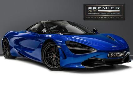 McLaren 720S V8 SSG. CARBON FIBRE EXTERIOR PACKS 1 + 2. VEHICLE LIFT. SOFT CLOSE DOORS.