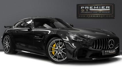 Mercedes-Benz Amg GT GT R. EXTERIOR & INTERIOR CARBON PACKS. PERFORMANCE SEATS. REVERSING CAMERA