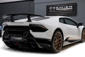 Lamborghini Huracan LP640-4 5.2 V10 PERFORMANTE. FRONT LIFT SYSTEM. CARBON INTERIOR PACKAGE. 8