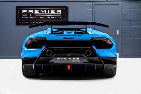Lamborghini Huracan LP 640-4 PERFORMANTE SPYDER. REAR CAMERA. FRONT AXLE LIFT. CERAMIC BRAKES. 7