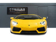 Lamborghini Aventador LP700-4 6.5 V12 COUPE, GREAT SPEC, £10K OPTIONAL PAINT, GLASS ENGINE COVER 2