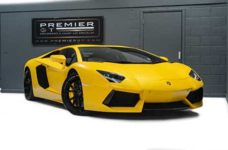 Lamborghini Aventador LP700-4 6.5 V12 COUPE, GREAT SPEC, £10K OPTIONAL PAINT, GLASS ENGINE COVER