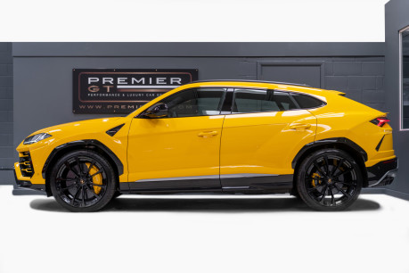 Lamborghini Urus 4.0 V8 TWIN-TURBO, HUGE SPEC. SORRY, NOW SOLD. SIMILAR VEHICLES REQUIRED. 4