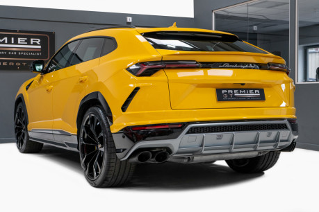 Lamborghini Urus 4.0 V8 TWIN-TURBO, HUGE SPEC. SORRY, NOW SOLD. SIMILAR VEHICLES REQUIRED. 7