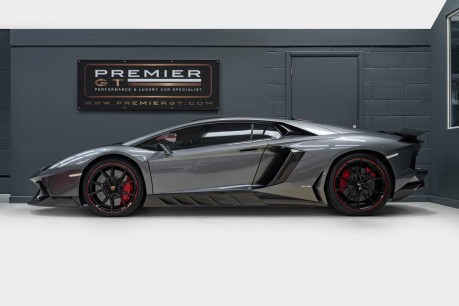 Lamborghini Aventador LP700-4 6.5 V12 COUPE. SORRY, NOW SOLD. SIMILAR VEHICLES REQUIRED. 5