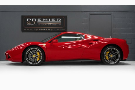 Ferrari 488 3.9 V8 TWIN-TURBO SPIDER, FERRARI WARRANTY TO APRIL 2022, SUSPENSION LIFTER 5