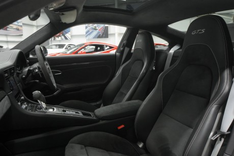 Porsche 911 CARRERA 4 GTS 3.0 PDK. SORRY, NOW SOLD. CALL US TODAY TO SELL YOUR PORSCHE. 29