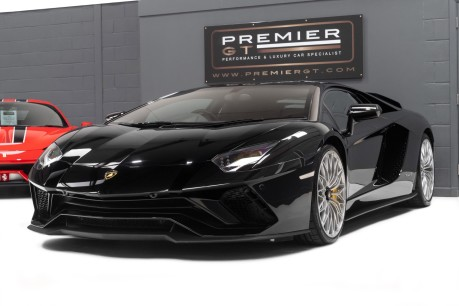Lamborghini Aventador S LP740-4 6.5 V12 COUPE. NOW SOLD. CALL US TODAY TO SELL YOUR LAMBORGHINI. 4
