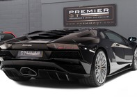 Lamborghini Aventador S LP740-4 6.5 V12 COUPE, 1 OWNER, ONLY 1,100 MILES, INTERIOR CARBON PACK 8