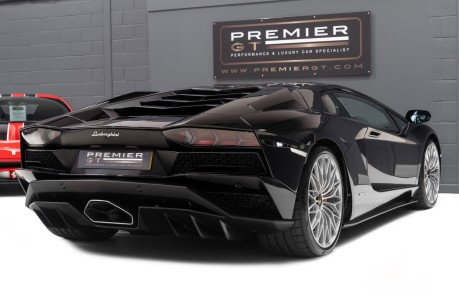 Lamborghini Aventador S LP740-4 6.5 V12 COUPE. NOW SOLD. CALL US TODAY TO SELL YOUR LAMBORGHINI. 9