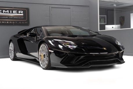 Lamborghini Aventador S LP740-4 6.5 V12 COUPE. NOW SOLD. CALL US TODAY TO SELL YOUR LAMBORGHINI. 10