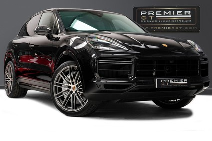 Porsche Cayenne 4.0 V8 TURBO TIPTRONIC. SPORTS CHRONO. CARBON INTERIOR PACK. BOSE.