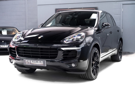 Porsche Cayenne S V8 D TIPTRONIC. NOW SOLD. CALL US TO SELL YOUR PORSCHE CAYENNE TODAY. 3