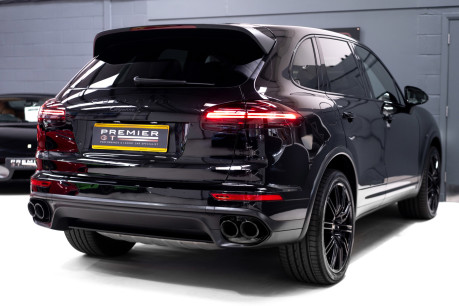 Porsche Cayenne S V8 D TIPTRONIC. NOW SOLD. CALL US TO SELL YOUR PORSCHE CAYENNE TODAY. 5