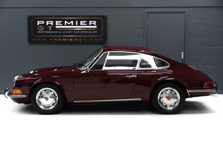 Porsche 912 SORRY, NOW SOLD. SIMILAR VEHICLES REQUIRED. 4