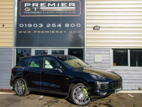 Porsche Cayenne 3.0 E-HYBRID S PLATINUM EDITION TIPTRONIC. SORRY, THIS VEHICLE IS NOW SOLD.