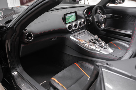 Mercedes-Benz Amg GT C 4.0 V8 BITURBO ROADSTER. SORRY, NOW SOLD. SIMILAR VEHICLES REQUIRED. 41
