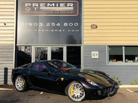 Ferrari 599 GTB FIORANO F1 6.0 V12, FERRARI FSH, HUGE SPEC, STUNNING COLOUR COMBINATION