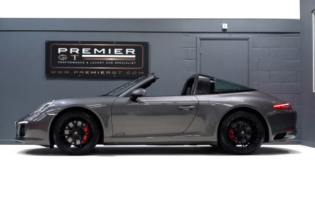 Porsche 911 TARGA 4 GTS 3.0 PDK, ONLY ONE FORMER KEEPER, PORSCHE WARRANTY TO DEC 2020 5