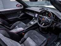 Porsche 911 TARGA 4 GTS 3.0 PDK, ONLY ONE FORMER KEEPER, PORSCHE WARRANTY TO DEC 2020 28