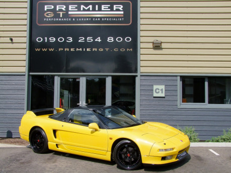 Honda NSX 3.0 SALOON, DESIRABLE MANUAL GEARBOX, FULLY-STAMPED SERVICE HISTORY