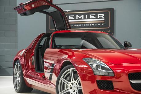 Mercedes-Benz SLS AMG. 6.2 V8. LEMANS RED. CARBON INTERIOR PACK. B & O BEOSOUND. 1 OWNER. 1