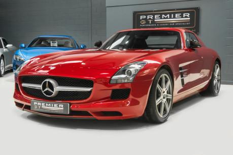Mercedes-Benz SLS AMG. 6.2 V8. LEMANS RED. CARBON INTERIOR PACK. B & O BEOSOUND. 1 OWNER. 6