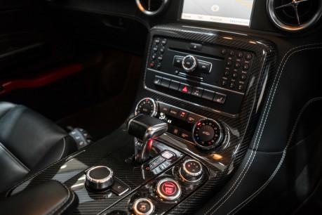 Mercedes-Benz SLS AMG. 6.2 V8. LEMANS RED. CARBON INTERIOR PACK. B & O BEOSOUND. 1 OWNER. 38