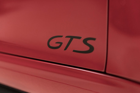 Porsche 911 TARGA 4 GTS 3.0 TWIN-TURBO PDK. NOW SOLD. CALL TODAY TO SELL YOUR PORSCHE. 27