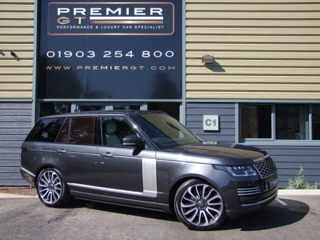 "Land Rover Range Rover 4.4 SDV8 AUTOBIOGRAPHY, LATEST NEW SHAPE, 22"" ALLOYS, DEPLOYABLE SIDESTEPS"