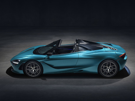 The McLaren 720S Spider is here: taking open air driving to the next level! 8
