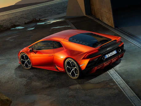It's the supercar we've all been waiting for – say hello to the new Huracan Evo. 17