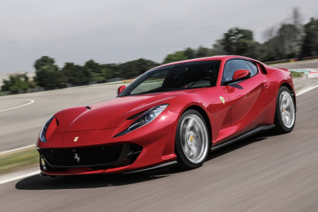 Ferrari 812 Superfast (LHD)