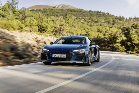 Audi's fastest model is now even hotter: New 2019 Audi R8 revealed! 4