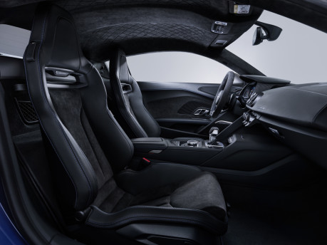 Audi's fastest model is now even hotter: New 2019 Audi R8 revealed! 11