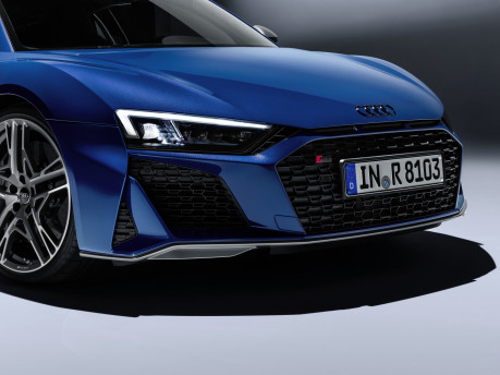 Audi's fastest model is now even hotter: New 2019 Audi R8 revealed! 7