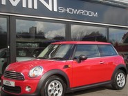Mini Hatchback One 1.6 Pepper + CLIMATE + DAB + BLUETOOTH