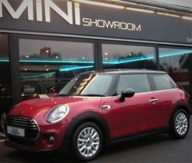 Mini Hatchback Cooper 1.5 Automatic Chili + HEATED SEATS + REAR PARK