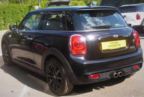 Mini Hatch Cooper S 2.0 Chili / Media + SAT NAV +HEAD-UP DISPLAY 14