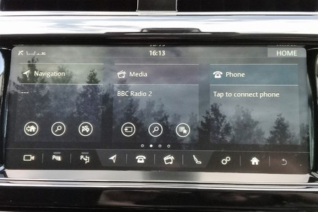Land Rover Discovery SD4 Commercial HSE - Park Assist 34