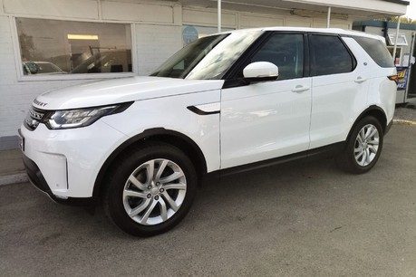 Land Rover Discovery SD4 Commercial HSE - Park Assist 1