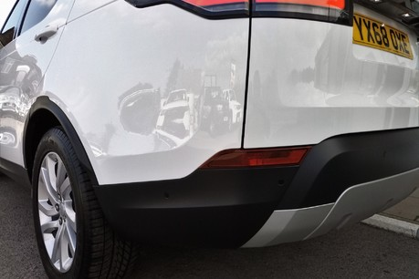 Land Rover Discovery SD4 Commercial HSE - Park Assist 28