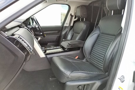 Land Rover Discovery SD4 Commercial HSE - Park Assist 30
