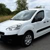 New Peugeot partner
