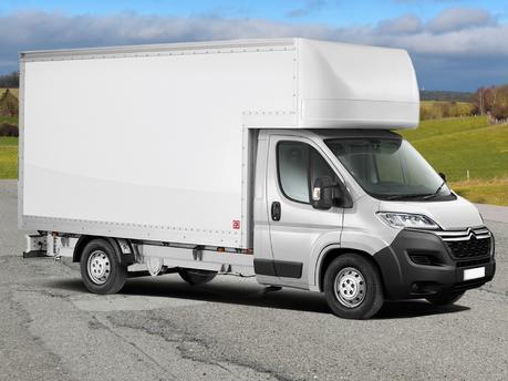 Luton Jumbo Tail-Lift Van