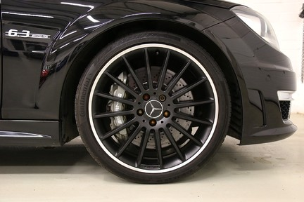 "Mercedes-Benz C Class C63 AMG with 19"" Alloys, Harman Kardon and More 11"