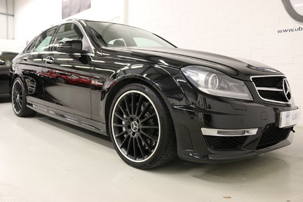 "Mercedes-Benz C Class C63 AMG with 19"" Alloys, Harman Kardon and More 2"