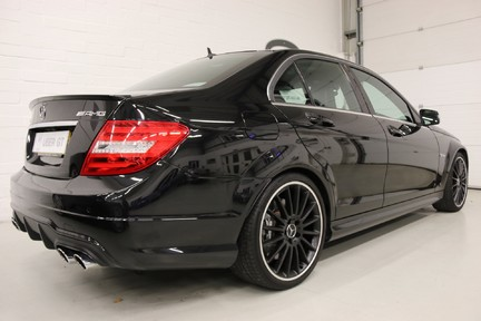 "Mercedes-Benz C Class C63 AMG with 19"" Alloys, Harman Kardon and More 5"